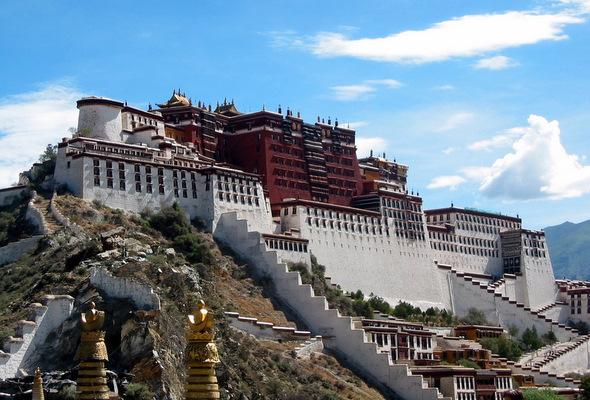 10 Amazing Buddhist Monasteries – Touropia Travel Experts